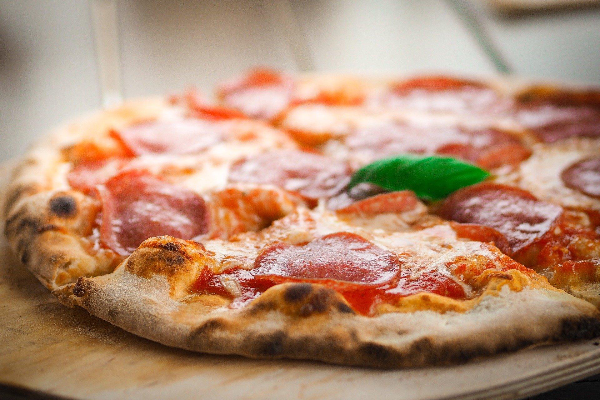 Soutenez vos restaurateurs et commerçants ! Consommez local, consommez Lucois !