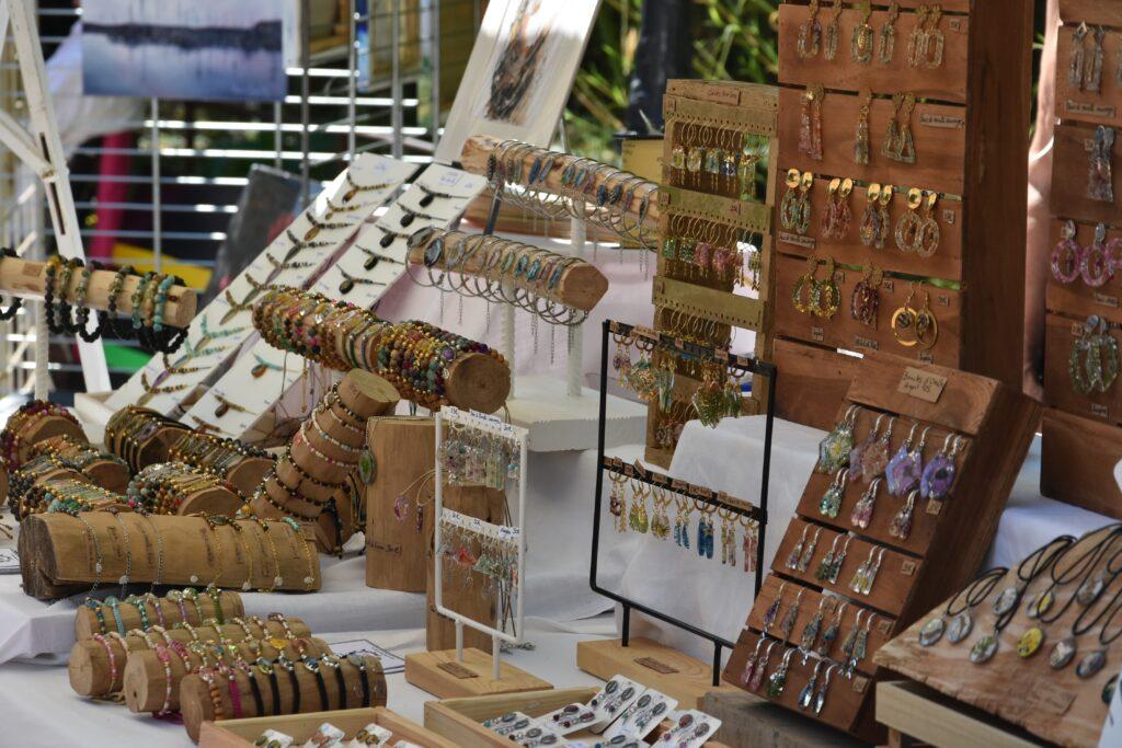 A partir du 30 juin, les producteurs accueillent les artisans locaux!